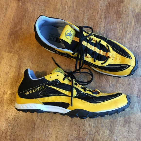 the best attitude de620 791ef ... nike shox shoes 💛🖤Iowa Hawkeye Cross Country Shoes🖤💛 ...